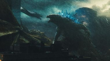 Monsterkamp: Godzilla er tilbake, denne gang delvis på lag med menneskene i «Godzilla: King Of The Monsters».                       (Foto: SF Studios/Warner Brothers)