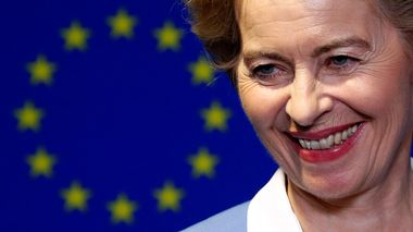 German Defense Minister Ursula von der Leyen, who has been nominated as European Commission President, briefs the media after the Conference of Presidents of European Parliament's party blocs in Brussels, Belgium, July 10, 2019. REUTERS/Francois Lenoir                      (Foto: FRANCOIS LENOIR)