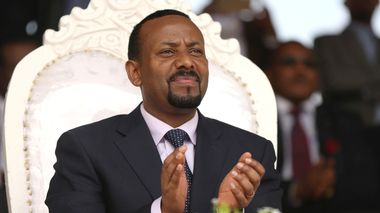 FILE PHOTO: Ethiopia's newly elected prime minister Abiy Ahmed attends a rally during his visit to Ambo in the Oromiya region, Ethiopia April 11, 2018. REUTERS/Tiksa Negeri/File Photo                       (Foto: TIKSA NEGERI)
