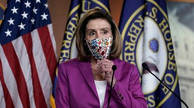 Speaker of the House Nancy Pelosi, D-Calif., holds a news conference on the day after violent protesters loyal to President Donald Trump stormed the U.S. Congress, at the Capitol in Washington, Thursday, Jan. 7, 2021. (AP Photo/J. Scott Applewhite)                       (Foto: J. Scott Applewhite)