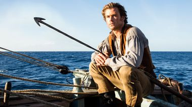 Barsk hvalfanger: Chris Hemsworth funker til sjøs også i «In The Heart Of The Sea».                       (Foto: Jonathan Prime)